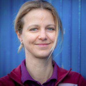 Dr. Julia Eckert